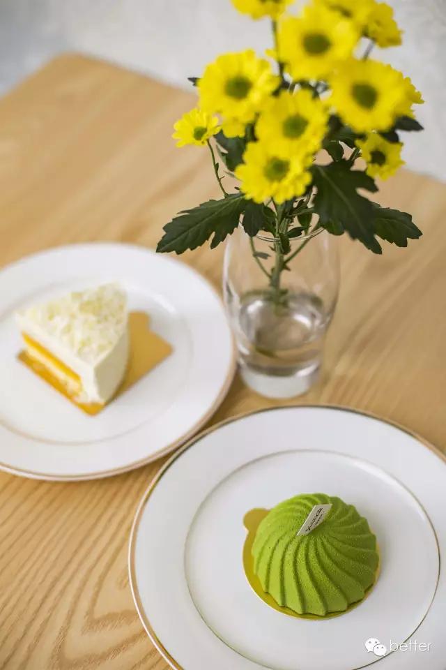 美食餐饮极简清闲简约风格 灰黄配色